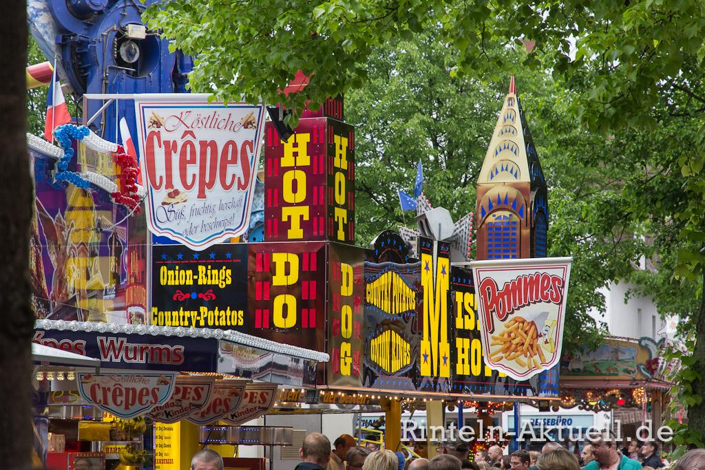 06-rintelnaktuell-maimesse-2014-karussel-buden-riesenrad-fahren-spass-familie
