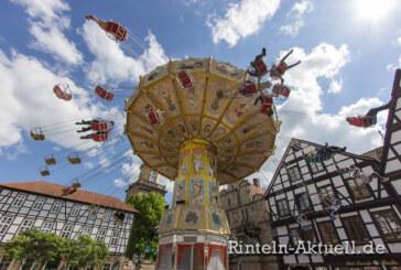 626 Jahre Tradition: Rintelner Maimesse lockt mit Kirmesflair und Altstadt-Atmosphäre in die Weserstadt