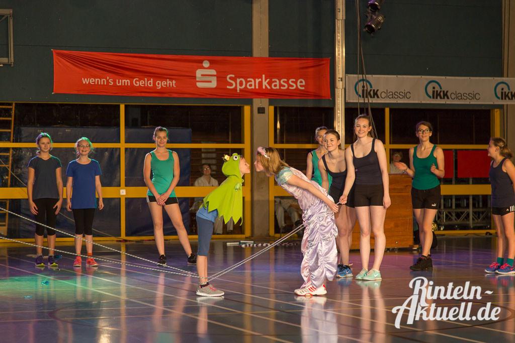 30-rintelnaktuell-vtr-turnschau-sport-halle-bewegung-verein-aktivitaeten-1024x683