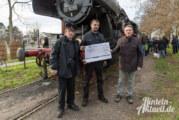 """Dampfeisenbahn Weserbergland und """"Else"""" freuen sich über 1.000 Euro"""