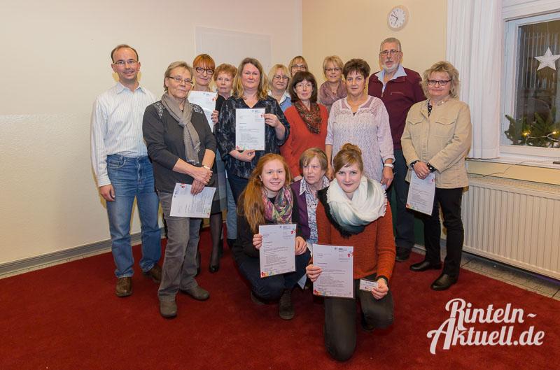01 rintelnaktuell familienpaten abschluss projekt kinderschutzbund dezember 2015