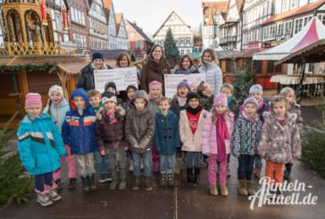 Nikolausstiefel-Aktion bringt 300 Euro für Kita und Grundschule