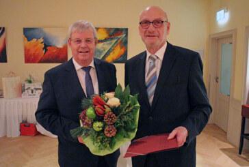 Sparkasse Schaumburg verabschiedet Werner Nickel in den Ruhestand