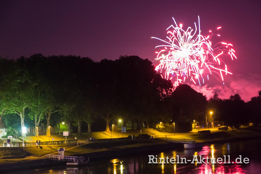 06-rinteln-aktuell-doktorsee-in-flammen-feuerwerk-weser-feier-party-sommer