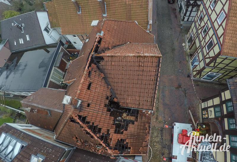 06 rintelnaktuell brand baeckerstrasse feuerwehreinsatz altstadt