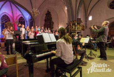 Festliche Klänge: Weihnachtskonzert des Gymnasiums Ernestinum in der Nikolai-Kirche