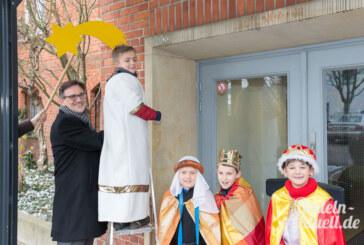 Die Sternsinger unterwegs: Caspar, Melchior und Balthasar zu Besuch beim Bürgermeister