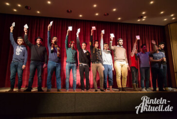 "Theaterstück ""Albtraum"" bekommt riesigen Applaus"