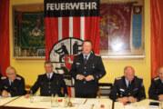 Feuerwehr Strücken ehrt Mitglied für 70 Jahre Treue