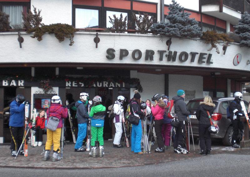 02-rintelnaktuell-hildburgschule-oberschule-skikurs-2016-suedtirol-schnee