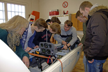 Erst Theorie, dann in die Luft: Segelflieger des Luftsportvereins Rinteln lernen für Prüfung