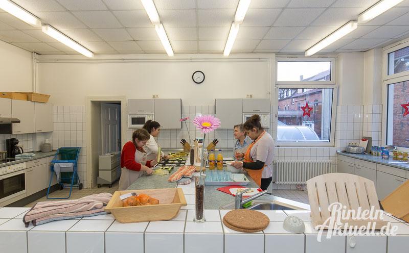 05 rintelnaktuell jung und alt kocht generationen demografie hildburgschule essen projekt