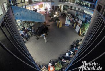 Preisträgerkonzert der KJMS: Künstlerisches Ambiente in Halle der Sachlichkeit