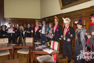 """Schon wieder hat es """"Schnapp"""" gemacht: Rathaus kapituliert vor Hexen"""