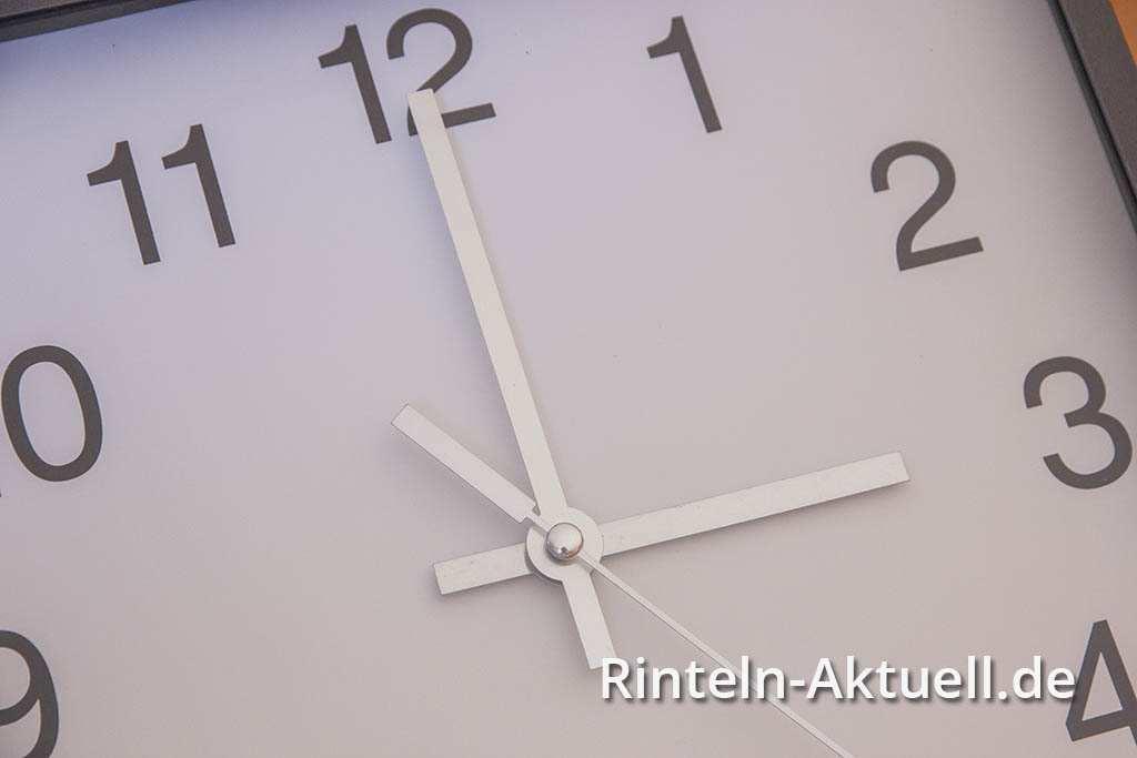 01-rinteln-aktuell-uhrzeitumstellung-sommerzeit-winterzeit (1)
