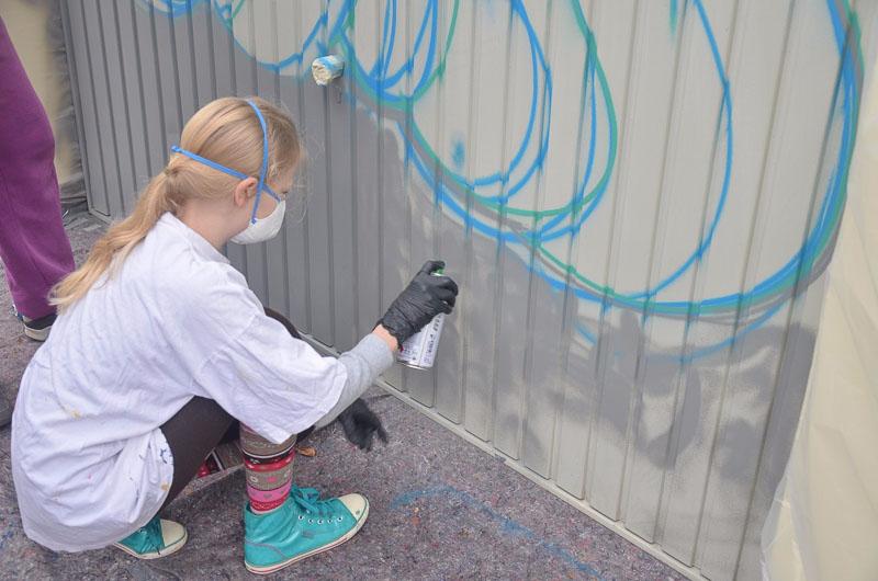 01 rintelnaktuell osterferienspassaktion graffiti polizei sprayen tags