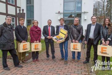 Fünf Energiesparkoffer für Schaumburger Schulen