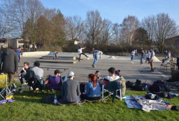 Bei Bratwurst und Backflip: Oster-Skaten am Skatepark Rinteln