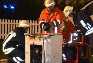 Brennende Waschmaschine löst Feuerwehreinsatz in Rolfshagen aus
