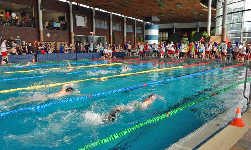 04-rintelnaktuell-dlrg-ortsgruppe-rettungsschwimmen-landesentscheide