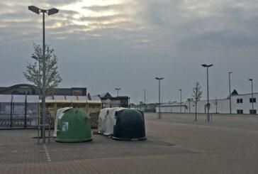 Container für Altglas und Kleider jetzt auf Combi-Parkplatz