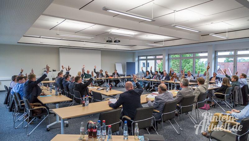 01 rintelnaktuell stadtratssitzung westendorf windraeder abstimmung 19.5.2016