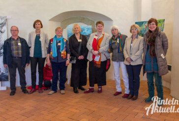 """Kunst im Kloster Möllenbeck: Ausstellung """"Begegnung"""" eröffnet"""