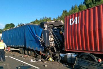 A2 bei Veltheim: LKW-Fahrer übersieht Stauende – 2 Verletzte – 350.000 Euro Schaden