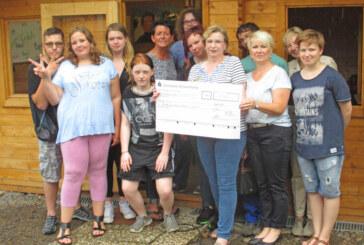 Lions Club spendet 1.000 Euro an Teenieprojekt vom Kinderschutzbund