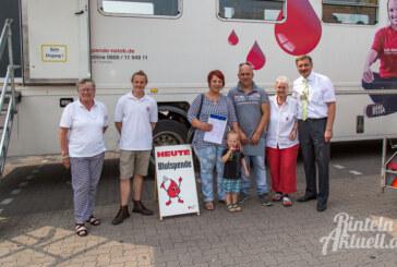 "Voller Erfolg: 146 Blutspender im DRK-Mobil bei ""Marktkauf"""