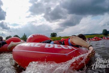 """""""Helden der Stadt"""" paddeln für den guten Zweck: Anmeldungen für Badeinsel-Regatta bis 23. Juli"""