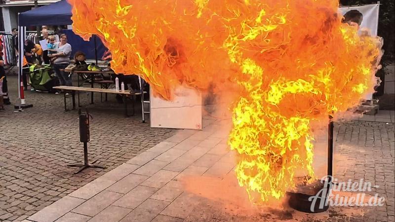 01 rintelnaktuell brandschutztag fettexplosion