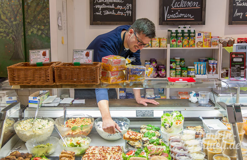 04 rintelnaktuell delicata fruechte kleine markthalle weserstrasse obst gemuese salat saftbar