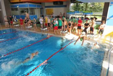 Pokalschwimmen der DLRG Rinteln im Hallenbad