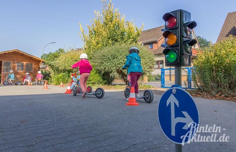 01-rintelnaktuell-verkehrserziehung-verkehrswacht-comenius-kindergarten