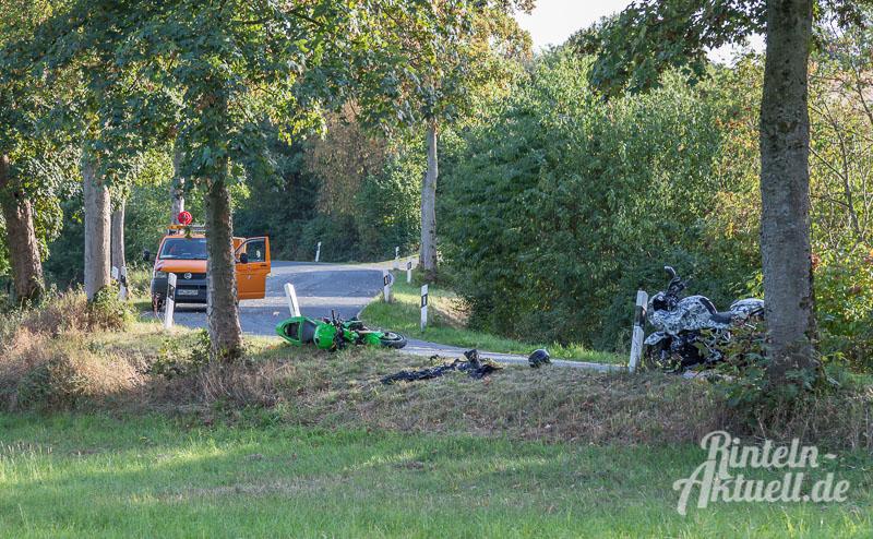 02-rintelnaktuell-motorradunfall-wennenkamp-k77-11-9-16