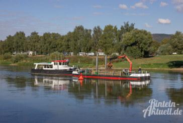 Wieso baggert ein Schiff in der Weser herum?