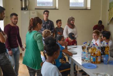 """""""Über die Hand begegnen – Schule is(s)t mehr"""": Kennenlernen durch Kochen"""