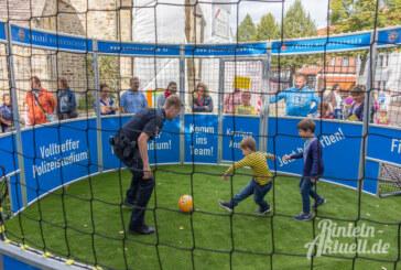Spiel und Spaß beim 6. Rintelner Weltkindertag auf dem Kirchplatz