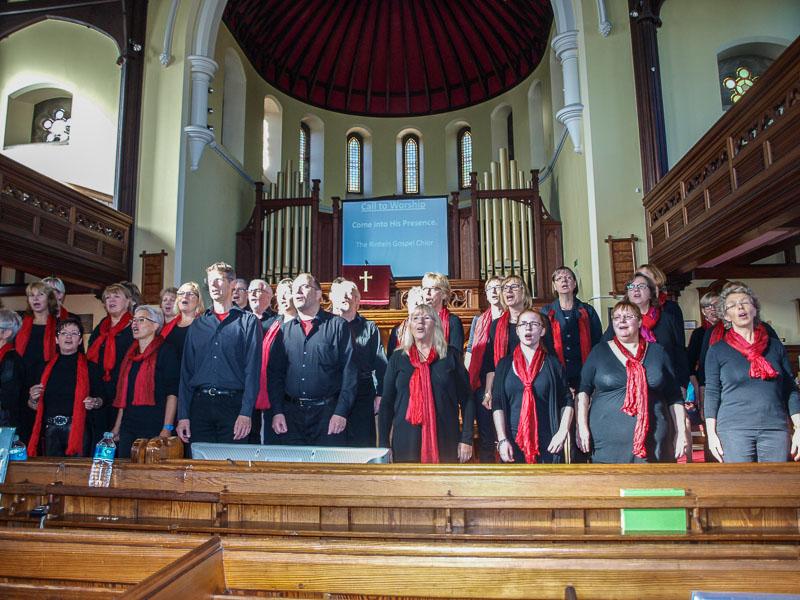 03-rintelnaktuell-gospelchor-kendal-k-shoes-choir-maennerchor-musik-gesang-partnerstadt-lake-district-england-uk