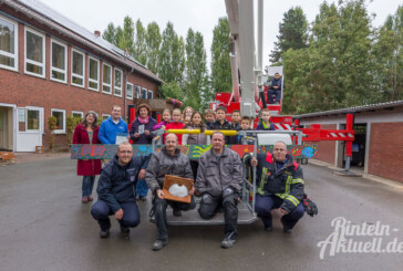 "Grundschule Exten-Krankenhagen heißt ""Schwalben willkommen"""