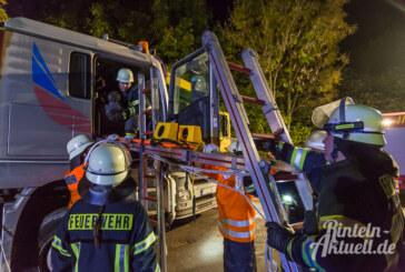 """""""LKW-Unfall"""" an den Kiesteichen: Feuerwehren Steinbergen, Engern, Kohlenstädt und Ahe üben den Ernstfall"""