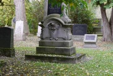 Gedenken auf dem jüdischen Friedhof
