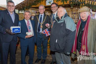 Besuch aus Kendal (UK): Vier Bürgermeister auf dem Weihnachtsmarkt der Lebenshilfe