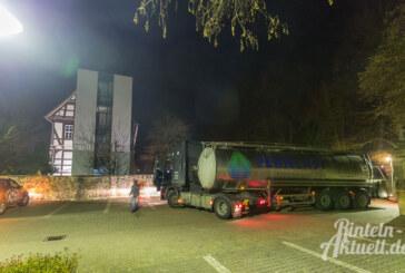 """Verfahren: LKW auf Sparkassen-Parkplatz in der Klosterstraße """"gestrandet"""""""