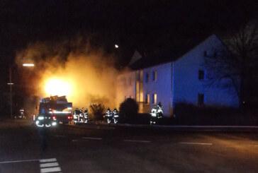 Feuer im Keller: Zehn Menschen aus Wohnhaus in Bückeburg gerettet