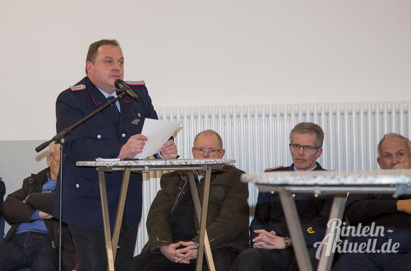 01-rintelnaktuell-feuerwehr-moellenbeck-lf10-geraetehaus-einweihung-neubau-loeschfahrzeug-man-brandschuetzer