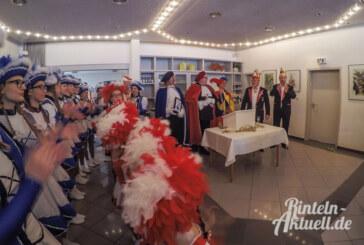 Rintelner Carnevalsverein trotzt drohendem Dauerstau mit jeder Menge Humor
