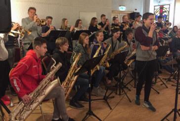 Wenn 85 Schüler eine Reise tun, so können sie was vorspielen: Rintelner Gymnasiasten auf Probenfahrt in Witzenhausen