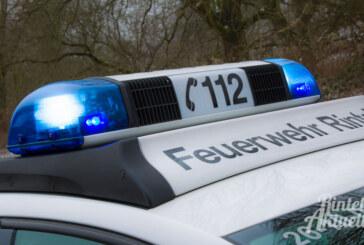 Möllenbeck: Auto nach Unfall aufs Dach geschleudert / Vier Verletzte